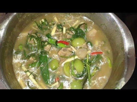 How To Make Aor Ka Douk Moo ເອາະກະດູກໝູ (LAO FOOD) Home Made By Kaysone