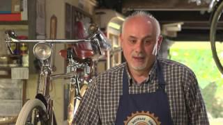 Michele, restauratore di bici d'epoca