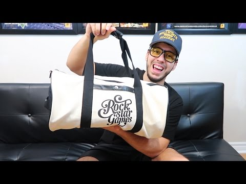 GTA 5 ROCKSTAR GAMES DUFFEL BAG UNBOXING!!