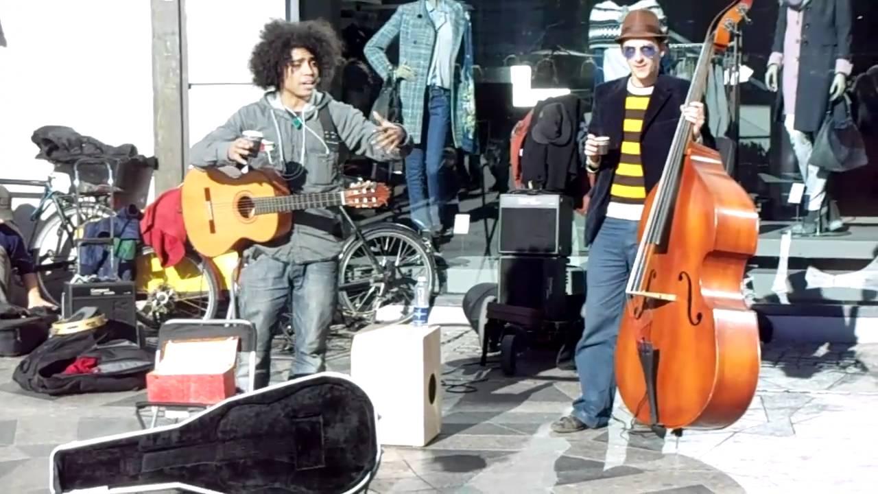 Funny street musicians in Copenhagen - 3