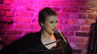 Britt Hewitt - Sim