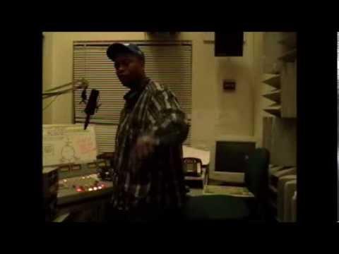 "Santa Monica Radio Station interviews ""Cool Mess"""
