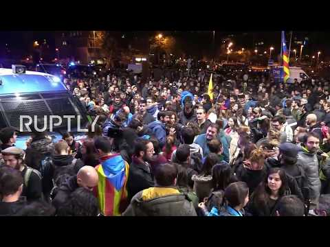 LIVE: Pro-Catalan independence protesters block Barcelona railway station