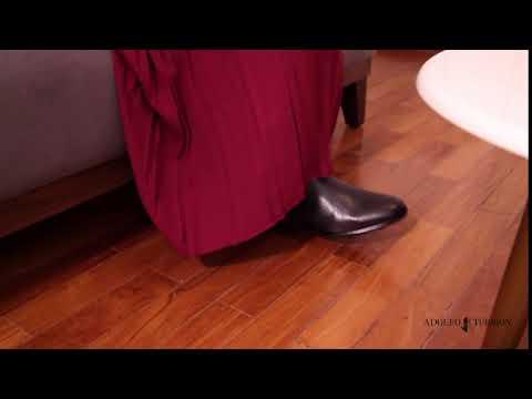 Bota Feminina Chelsea Granada Preta - Adolfo Turrion - YouTube 73589cf5fb8cf