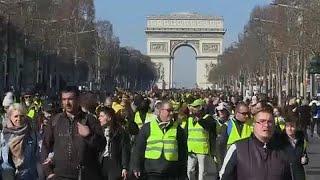 Frankreich: Gelbwesten demonstrieren auch nach mehr als drei Monaten noch