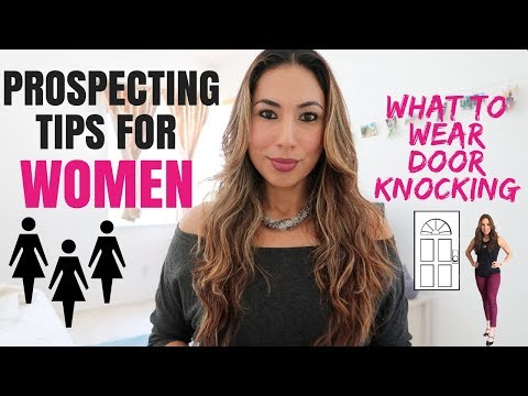 Prospecting for Women: What to Wear Door Knocking