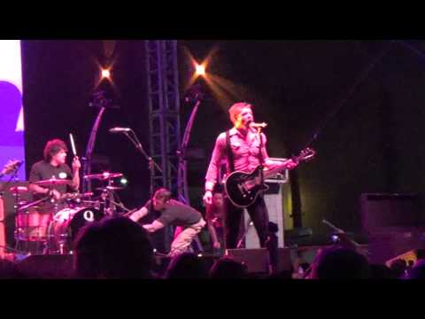 Eagles of Death Metal - I Only Want You - Festival Supreme 10/25/14
