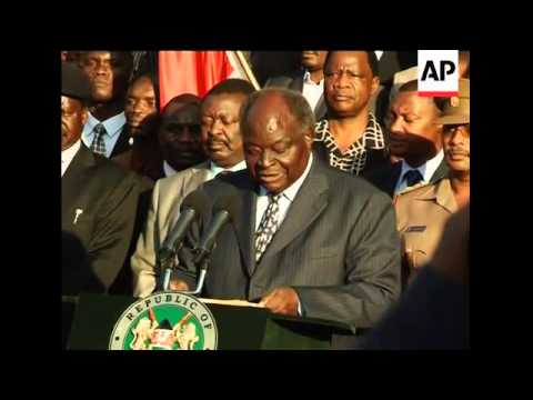 AP pix of Kibaki speech as Kenyans back a new constitution