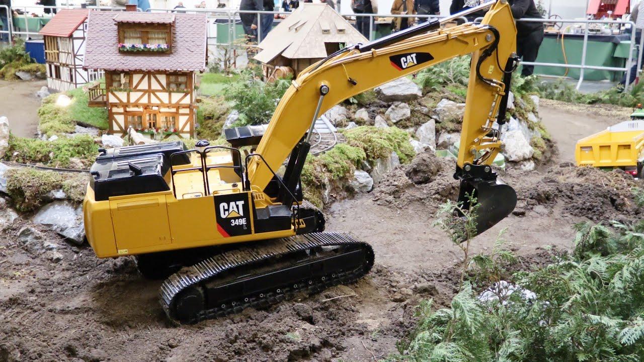 giant cat excavator - photo #26