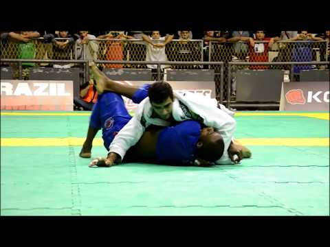 Leandro Lo - Relentless Guard Passing, Part 2: World Champion