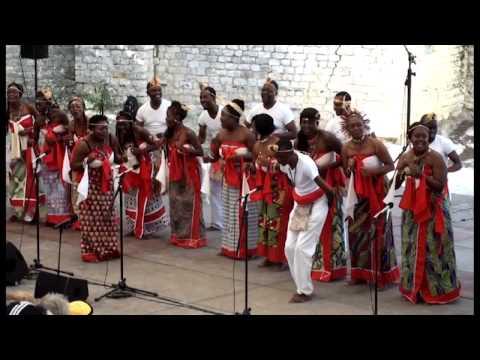 trad. arr. Yveline Damas: Diaka manga - Le chant sur la Lowé-Gabon; Yveline Damas