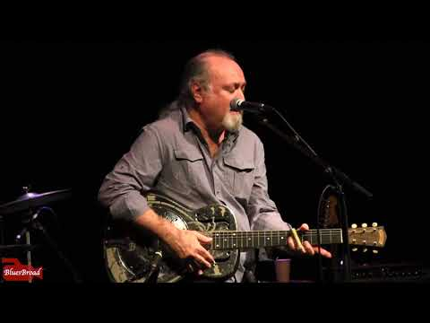 TINSLEY ELLIS • Little Red Rooster • Sellersville Theater 1/20/18