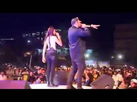 Badshah Live Ladki Beautiful  Kar Gyi Chull  At St  Mary's College Hyderabad   YouTube 360p