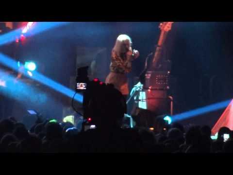 Veronica Maggio - Dumpa Mig - Hovet - 2014-02-01