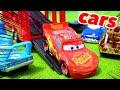 カーズ ディズニー はたらくくるま キャリアカーからカーズトミカがいっぱいおりてくるよ!子供向け Disney Cars Tomica Toy Kids