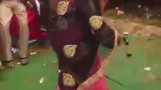 Bhabhi ka katil dance tujhe milne mein aayi haye raton mein