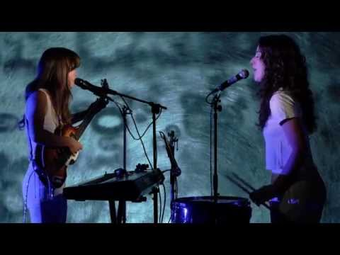 "Deradoorian - ""A Beautiful Woman"" Live"