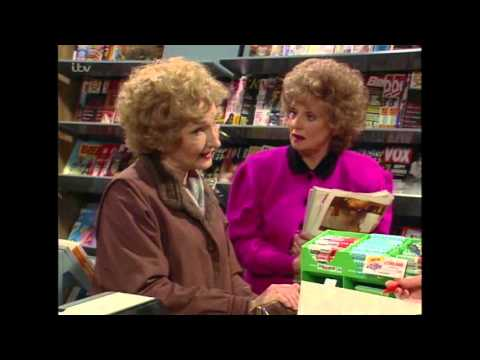 Alf Spills The Beans On Mike And Alma's Break Up - Coronation Street