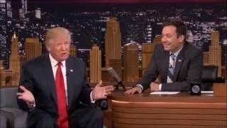 Телеведущий потрепал волосы Дональда Трампа
