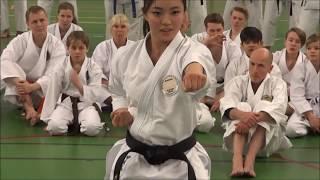 World Champion RIKA USAMI Teaching Kata (KOSOKUN SHO)