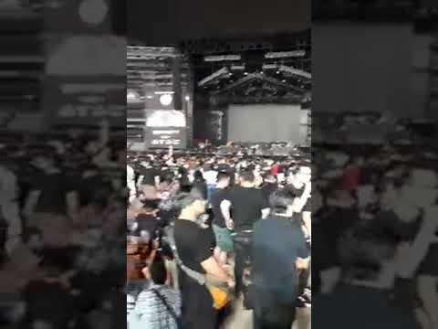 Live konser  GUNS N ROSES di stadion GELORA BUNG KARNO Mp3