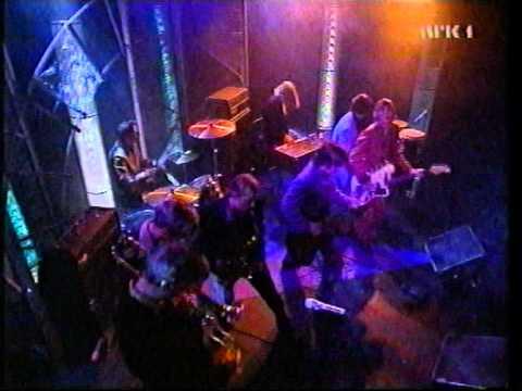 """Kåre and the cavemen """"Rubber city revolution""""  fra VG-lista 1997"""