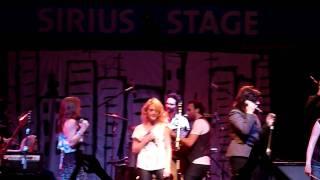 Broken Social Scene - Anthems (Live) ft. Emily Haines, Feist, Amy Millan