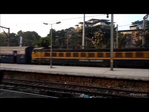 Pragati Express Arrives Thane Platform 5.