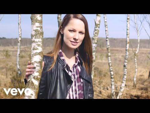 Christina Stürmer - Seite an Seite (Official Video)