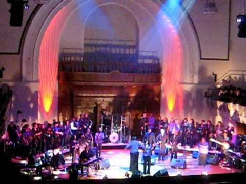 London Community Gospel Choir- Glory Glory Hallelulah