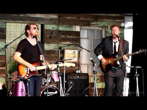 The Basics - Just Hold On (Live) - Woodford Folk Festival