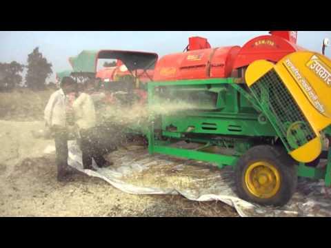 Mini Combine Thresher ( Threshing Machine ) Crop Thresher ( India )