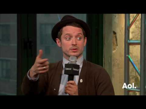 "Elijah Wood And Samuel Barnett Discuss ""Dirk Gently's Holistic Detective Agency"" 