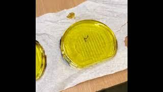 Phare jaune peinture