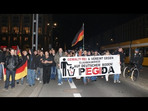 LIVE: Camera in the heart of PEGIDA's Dresden demo (9 Mar)