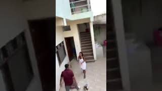 Wife and husband fight on road