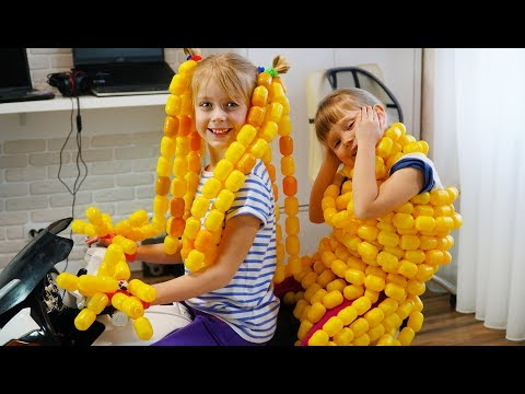 Merry Girls Pretend Play with Surprise Egg Toys