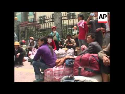 Daily life at epicentre area resumes amid ruins, Chengdu quake presser