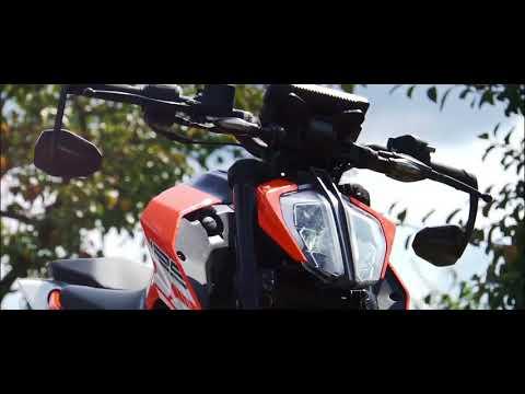 KTM DUKE 125 2017 Akrapovic& SHORT TAIL | BIKE PORN !!