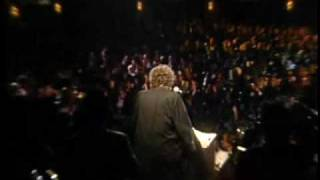Bob Dylan accepts award at 1988 Rock and Roll Hall of Fame inductio...
