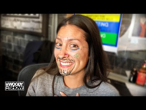 The Woody Show - Julianne's Marker Face Challenge