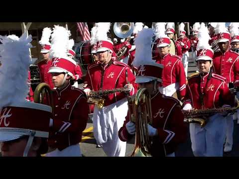 Hartselle High School Marching Band - Veterans Day Parade