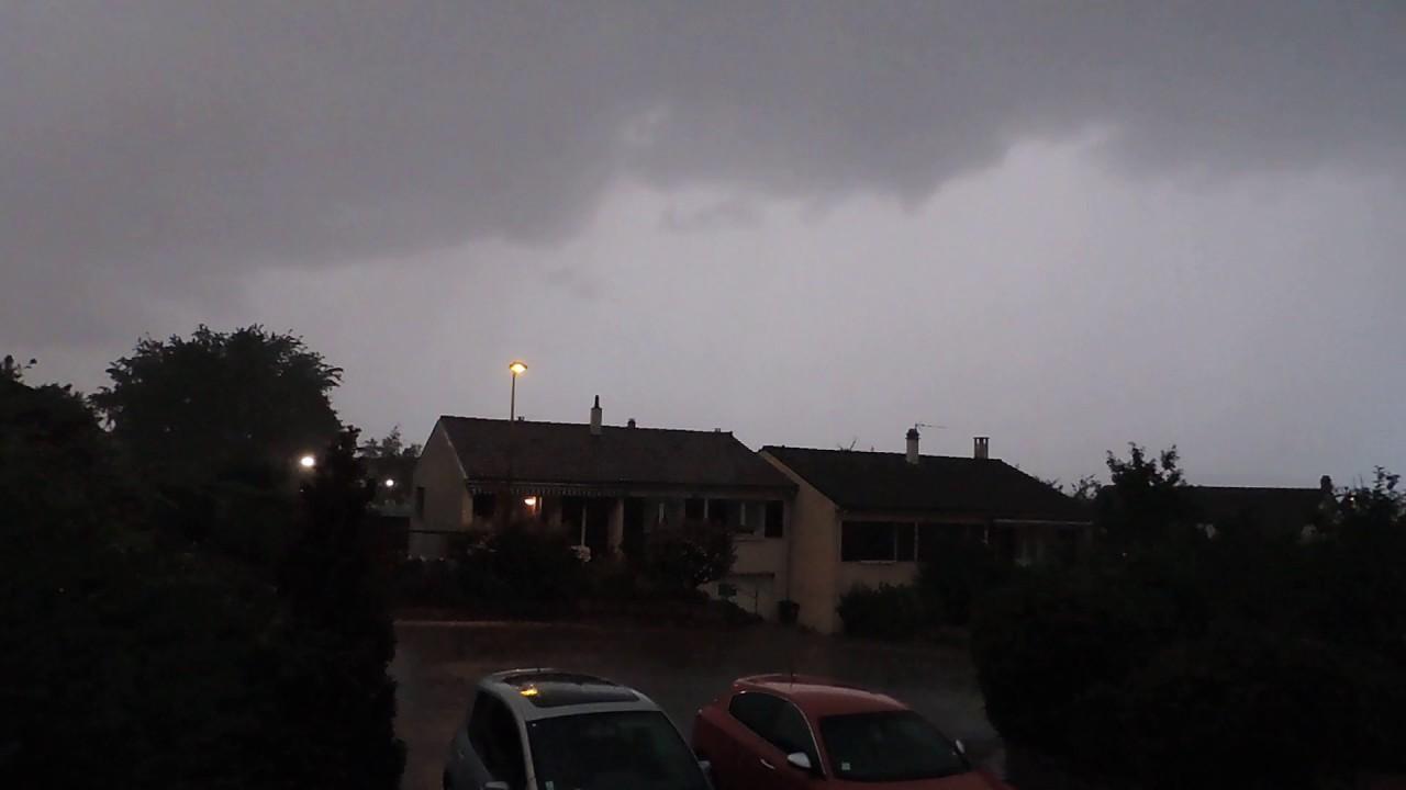 montgolfiere orage
