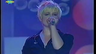 Kelly Osbourne - Papa Don't Preach (Madonna Cover) - Aca Fest (24-05-2003)