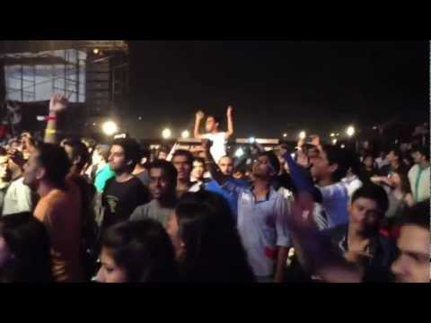"Performance of Snoop Dogg in India - ""Singh Is King"""
