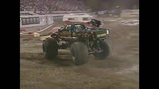 Freestyle Avenger Monster Jam World Finals 2001
