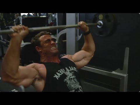 THE PROPER WAY TO DO A VACUUM | SHOULDER DAY