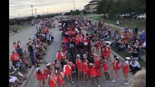 Cheerleader in a homecoming parade saved little boy as he started to choke