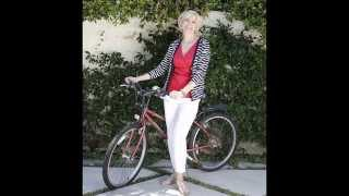 Casual fashion style for women over 50