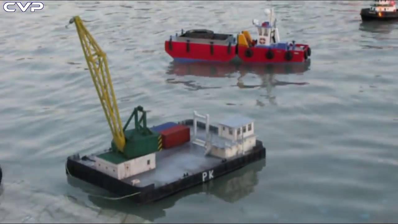 Cvp Rc Tug Boat De Amp Crane Barge Youtube